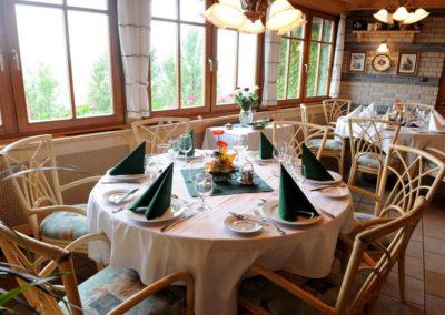 Rosengarten Zahnhotel Restaurant in Sopron