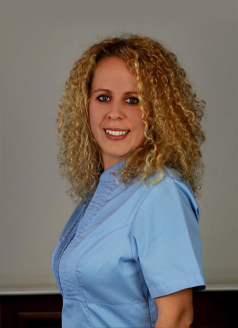 Dr. Zsuzsanna Domonkos
