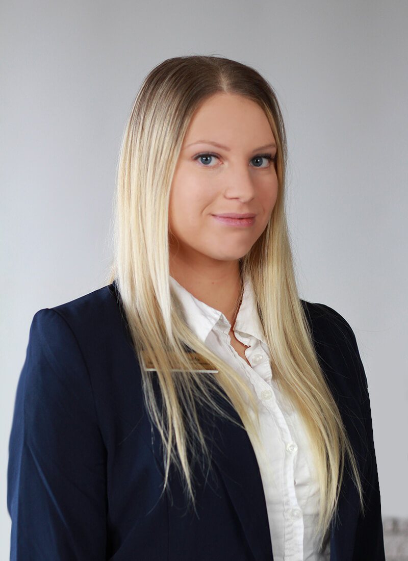 Juretzky Melinda - Rezeptionistin in Rosengarten Weiss Dental Ungarn
