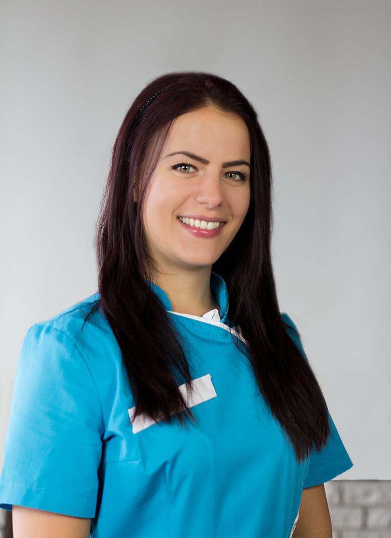 Kitti Sápi - Zahnmedizinische Fachassistentin