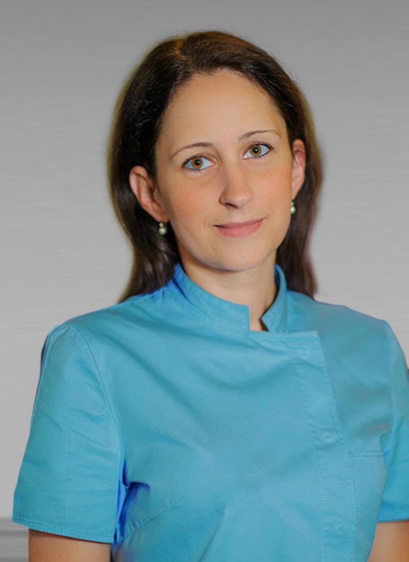 Dr. Barbara Bóka - Parodontologin